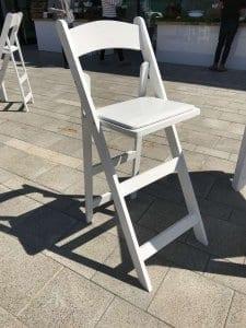 השכרת כיסא בר מתקפל